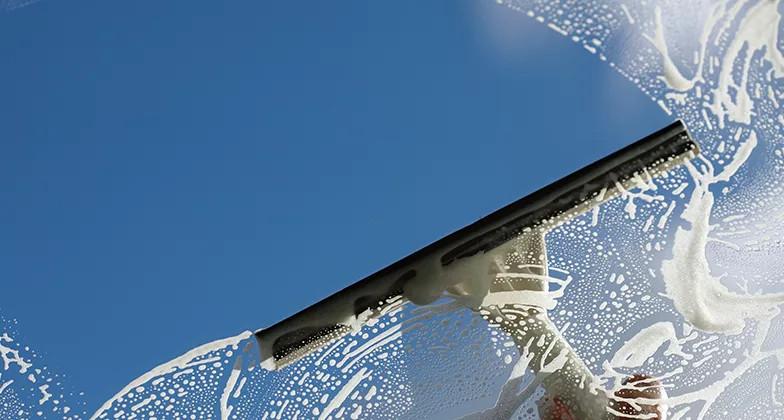 Мытье окон и стекол