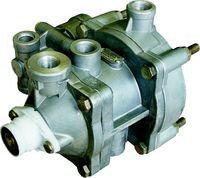 64221/6024-3522010-00 Клапан управления тормозами с 2-пров.приводом