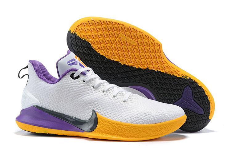 Баскетбольные кроссовки Nike Kobe Mamba Focus White\yelow