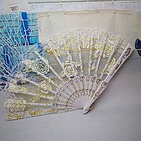 Веер текстильный с розочками, белый, фото 1