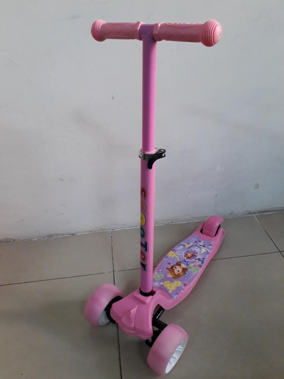 Самокат детский трехколесный Scooter Принцесса София. Большие колеса