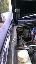 Упоры (амортизаторы) капота для Mitsubishi L200 / Pajero Sport (2008 г. -), фото 3