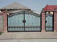 Ворота распашные в коттедж