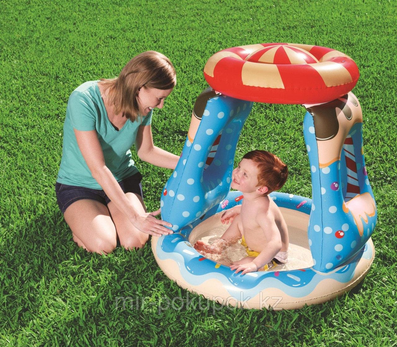 Игровой детский надувной  бассейн «Конфетный город» Bestway 52270 (91cm x 91cm x 89cm)