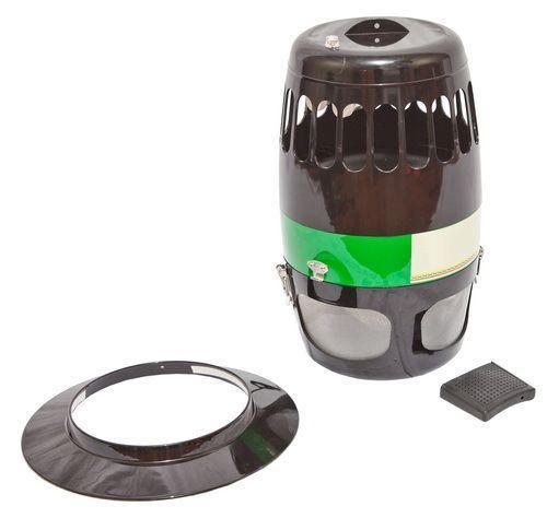 Уничтожитель СКБ 800 сделан в прочном металлическом корпусе, который допускает работу как в помещении, так и на улице