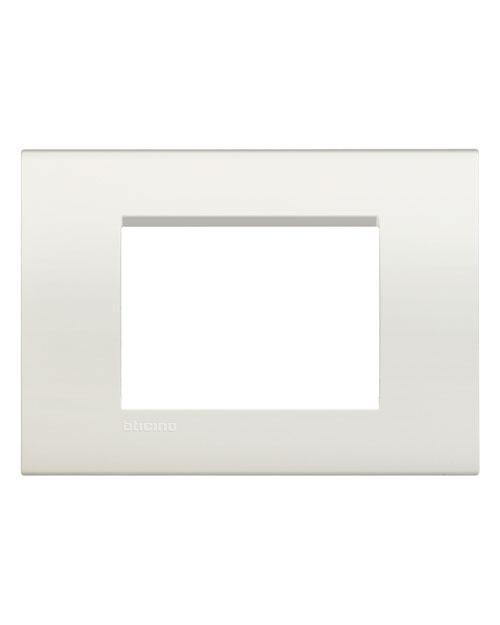 LivingLight Рамка прямоугольная  3 модуля  цвет Белый