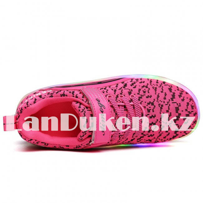 Светящиеся 1 колесные кроссовки ролики розовые LED - фото 3