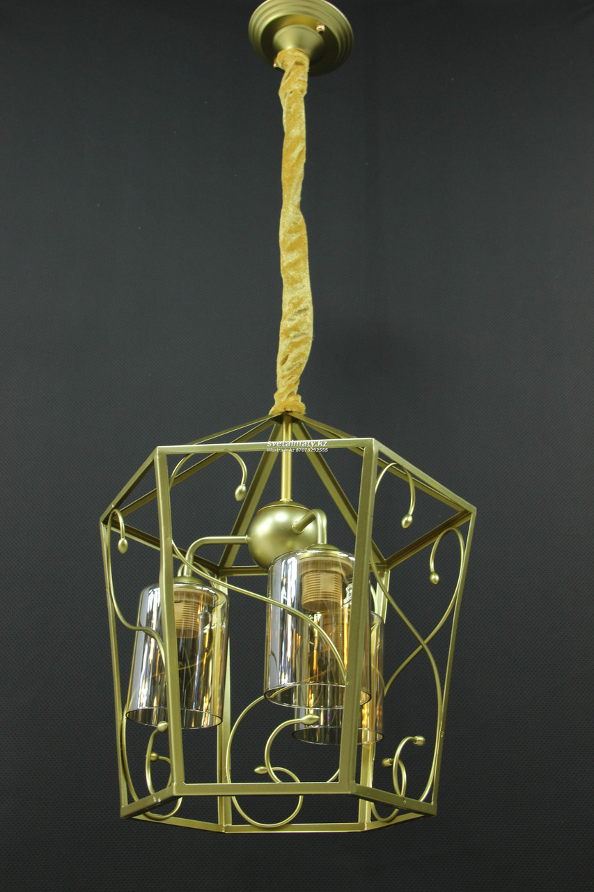 Светильник подвесной 3-х ламповый золотой классика