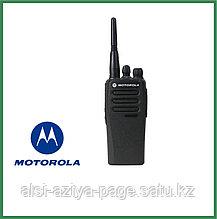 Радиостанция Motorola DP-1400 носимая 136-174 мГц.