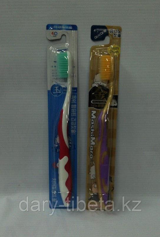 Зубная щетка Корея (желтая, зеленая, черная)