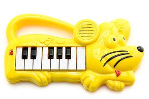 Пианино на батарейках   желтый мышонок