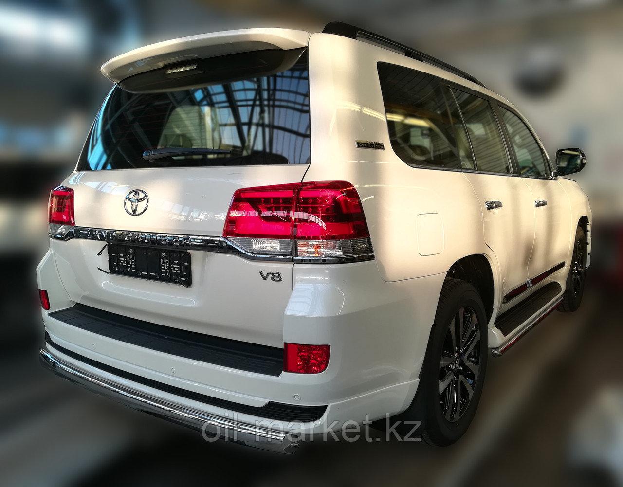 Защита заднего бампера короткая овальная для Toyota Land Cruiser 200 ( Executive 2016-)