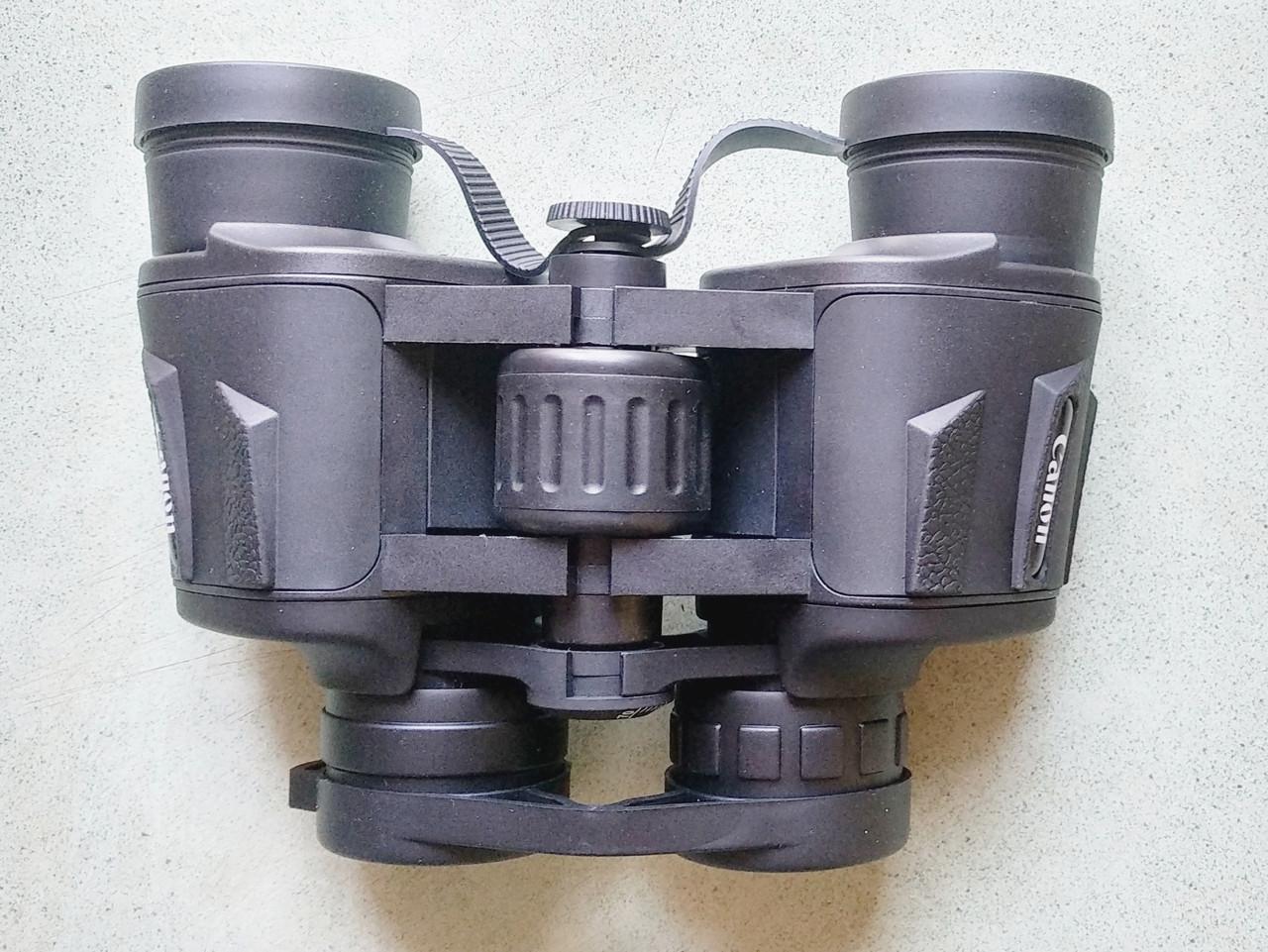 Бинокль Canon 8x40
