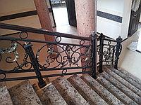 Лестница с камня и ограждением под ключ