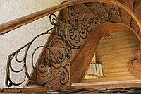 Винтовая лестница и перила