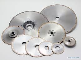 Алмазные отрезные диски.