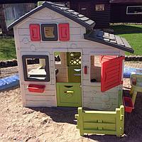Игровые домики, горки и комплексы из пластика