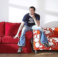 Что лучше: Отреставрировать старый диван или купить новый?