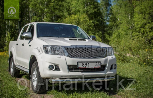 Защита переднего бампера, круглая для Toyota Hilux ( 2011-2014)