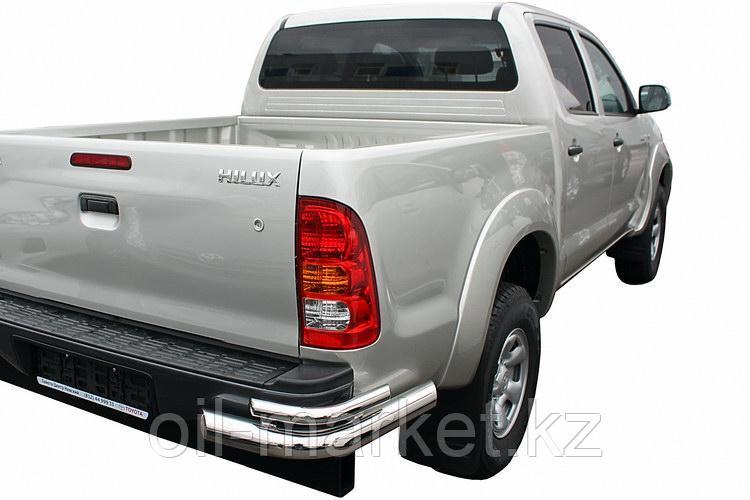 Защита заднего бампера, уголки двойные для Toyota Hilux ( 2011-2014)