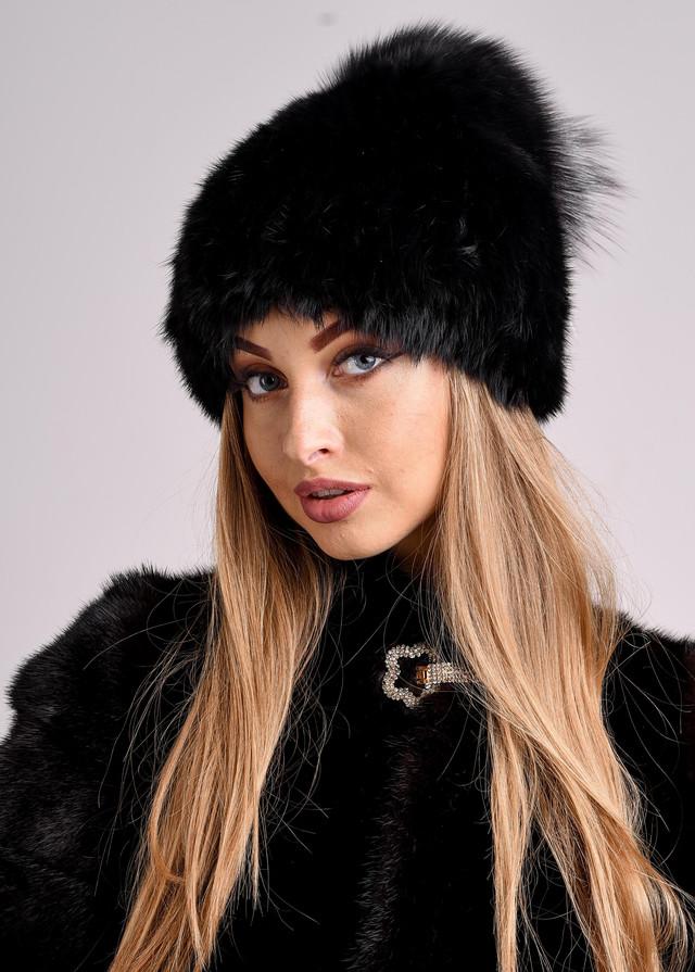 Черная женская шапка с меховым хохолком ФОТО Казахстан