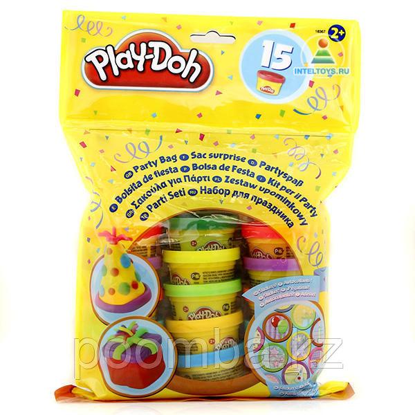 Праздничный набор Play-Doh  из 15 банок