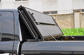 Жесткая четырехсекционная крышка 2015+ Toyota Hilux /Revo Double Cab