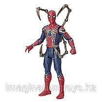 Фигурка Человек-паук Spiderman 15 см с аксессуаром