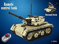 Радиоуправляемый гусеничный танк конструктор 2 в 1, фото 1