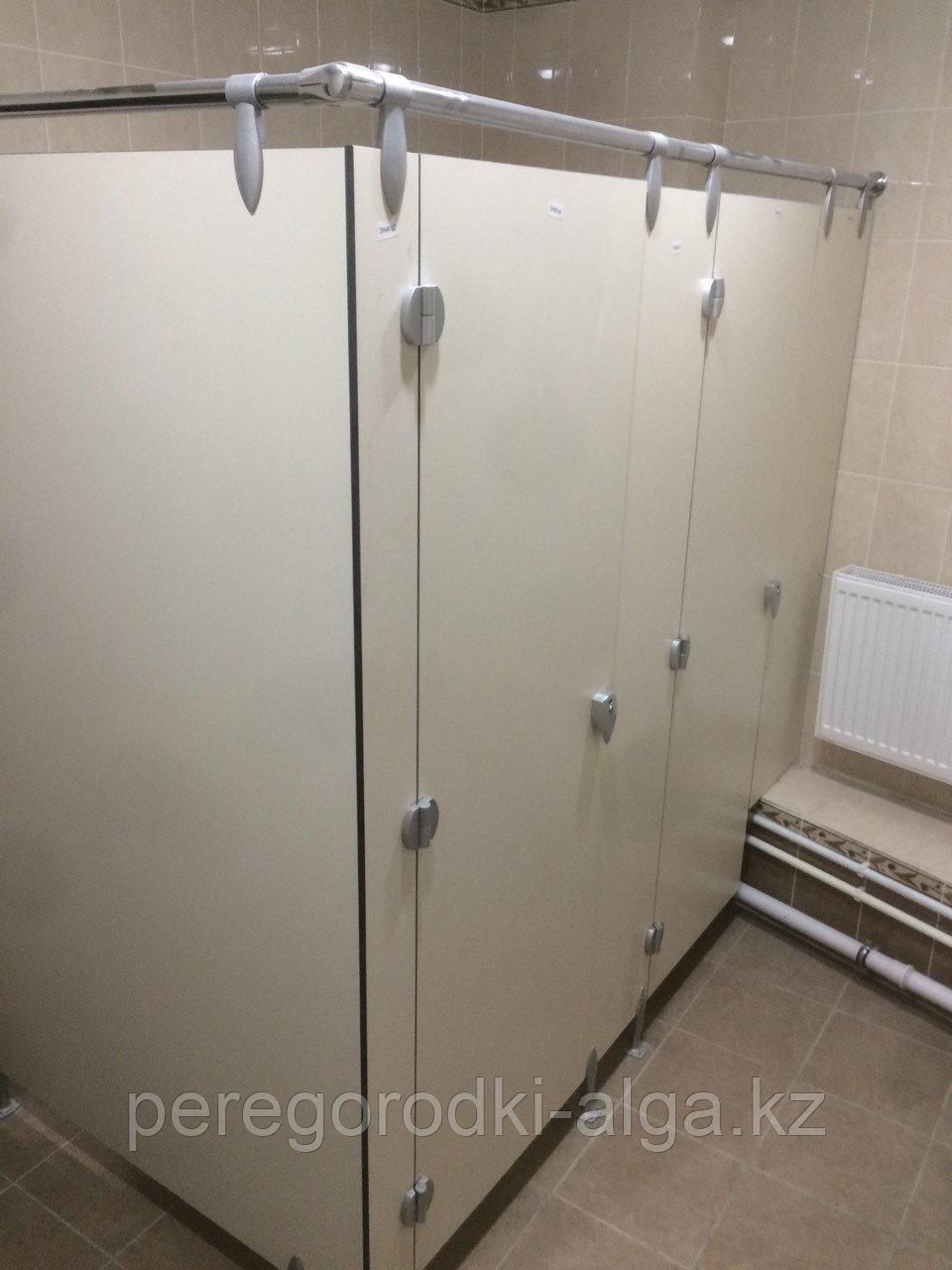 Туалетные перегородки сантехнические из HPL пластика 12 мм