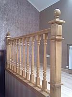 Деревянная лестница и перила