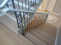 Лестница деревянная металл