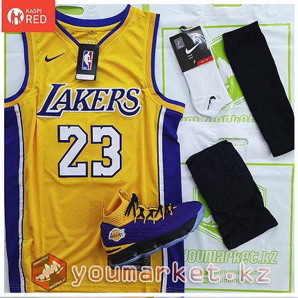 Баскетбольная форма «Лос-Анджелес Лейкерс» (Los Angeles Lakers) игрок Лебро́н Джеймс (LeBron James), фото 2
