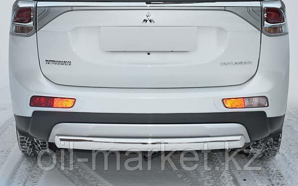 Защита заднего бампера, овальная для Mitsubishi Outlander (2014-2015)