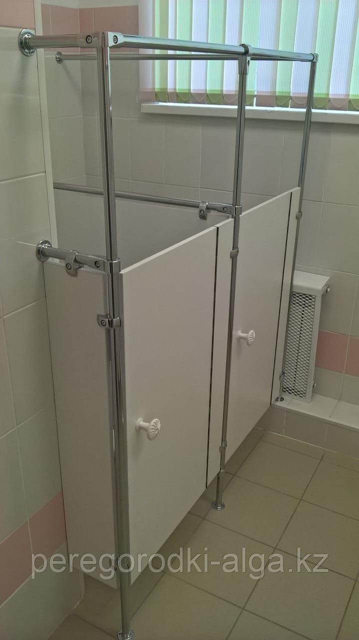 Туалетная кабинка для детских садов