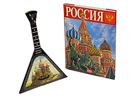 Набор Музыкальная Россия (включает декоративную балалайку и книгу Россия на русском языке (артикул 94738)