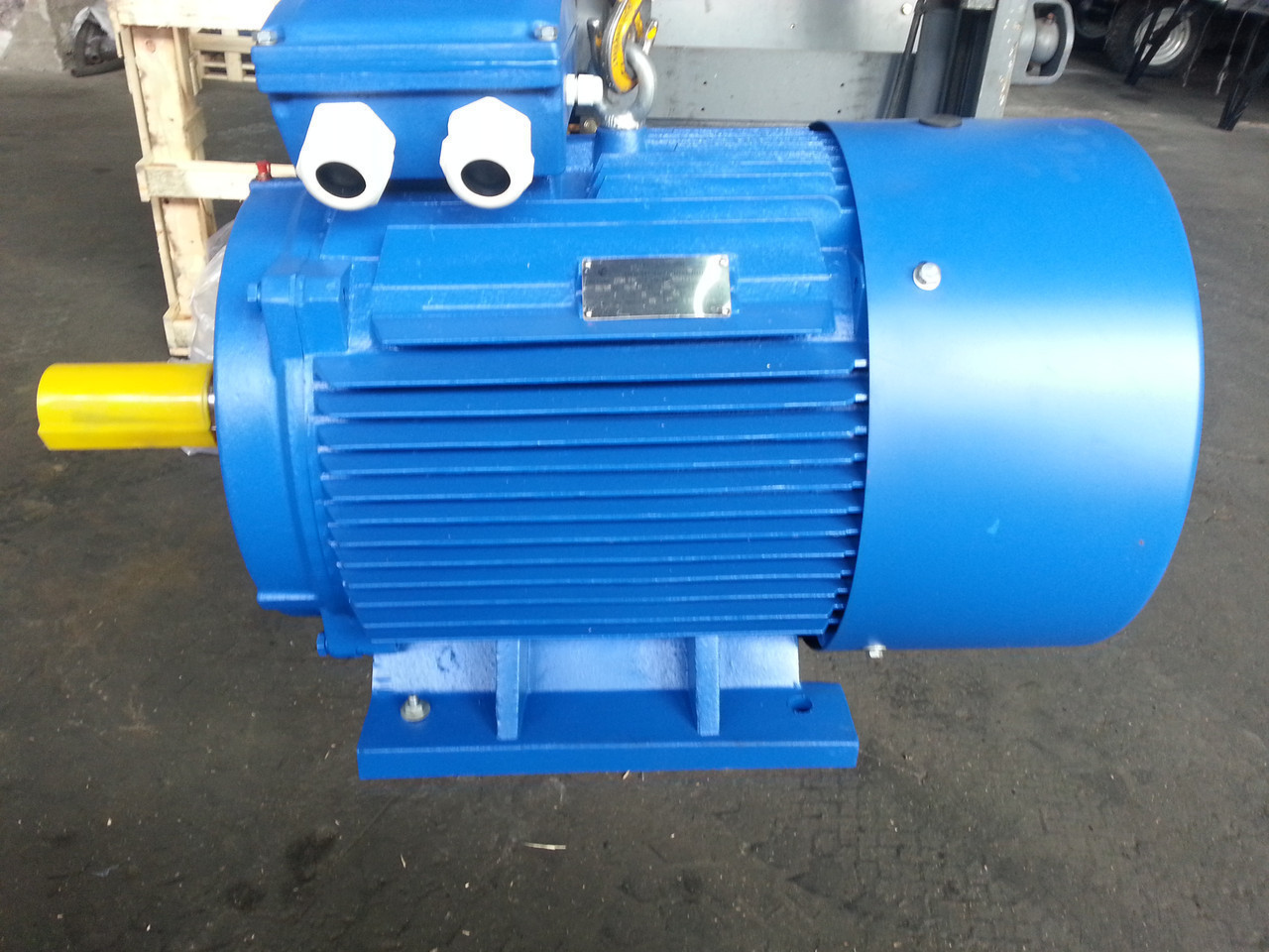 Электродвигатель 5,5 кВт 750 об/мин
