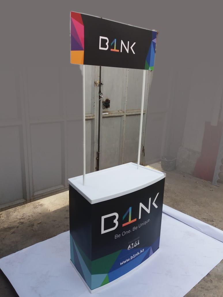 Конструкция промо стойки для акции по индивидуальному заказу