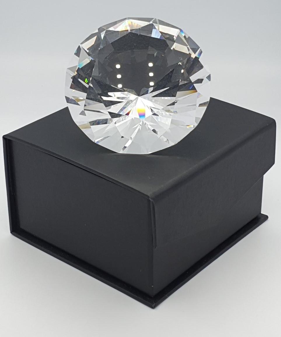 Награда из стекла