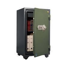 Огнестойкий сейф VALBERG FRS–93 CL