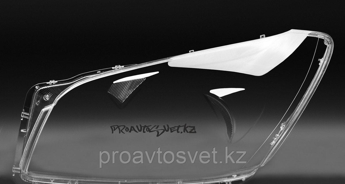 Стёкла фар на  TOYOTA RAV 4 (2008 - 2011 Г.В.)
