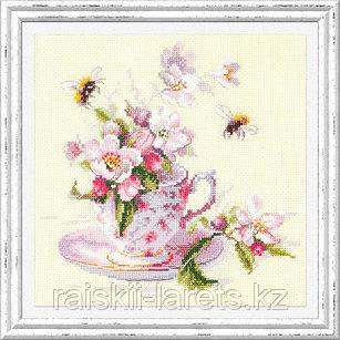 """Набор для вышивания крестом Чудесная игла """"Чашка с веткой яблони"""" арт. 120-041"""