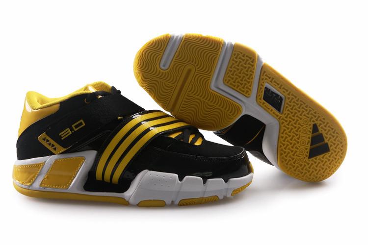 Баскетбольные кроссовки Adidas T-Mac 3 (Tracy McGrady) черно-желтые