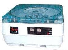 Центрифуга ОПН-3-01 (1000, 1500, 3000 об./мин ступенчато) настольная, для мед учреждений, m=15 кг