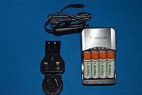 Зарядное устройство внешнее с 4 Ni-MH аккумуляторами для приборов Testo, встроенный международный адаптер блока питания