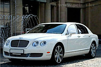 Bentley Continental Flying Spur, фото 1