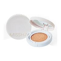 Увлажняющий кушон Missha Magic Cushion Moist Up SPF50+/PA+++