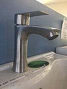Смеситель для раковины литой Casela 71001 нерж. сталь