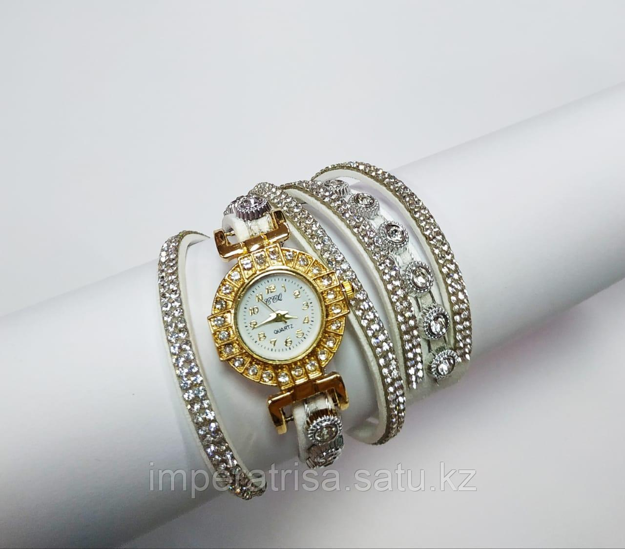 "Часы-браслет ""Сокровище"" White"
