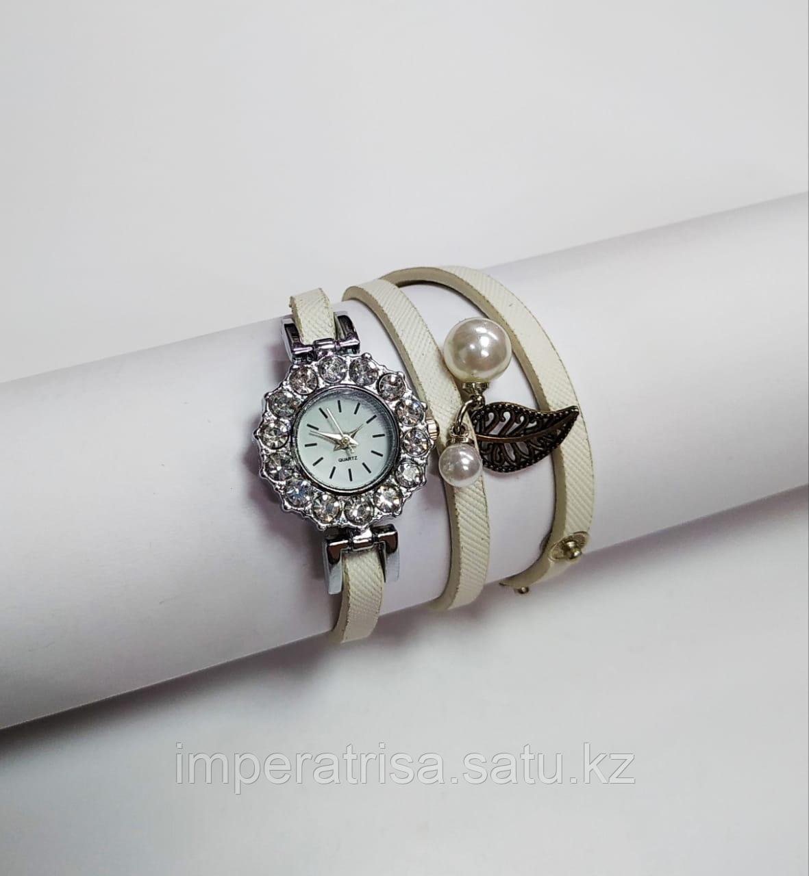 """Часы-браслет """"Жемчужный блеск"""""""